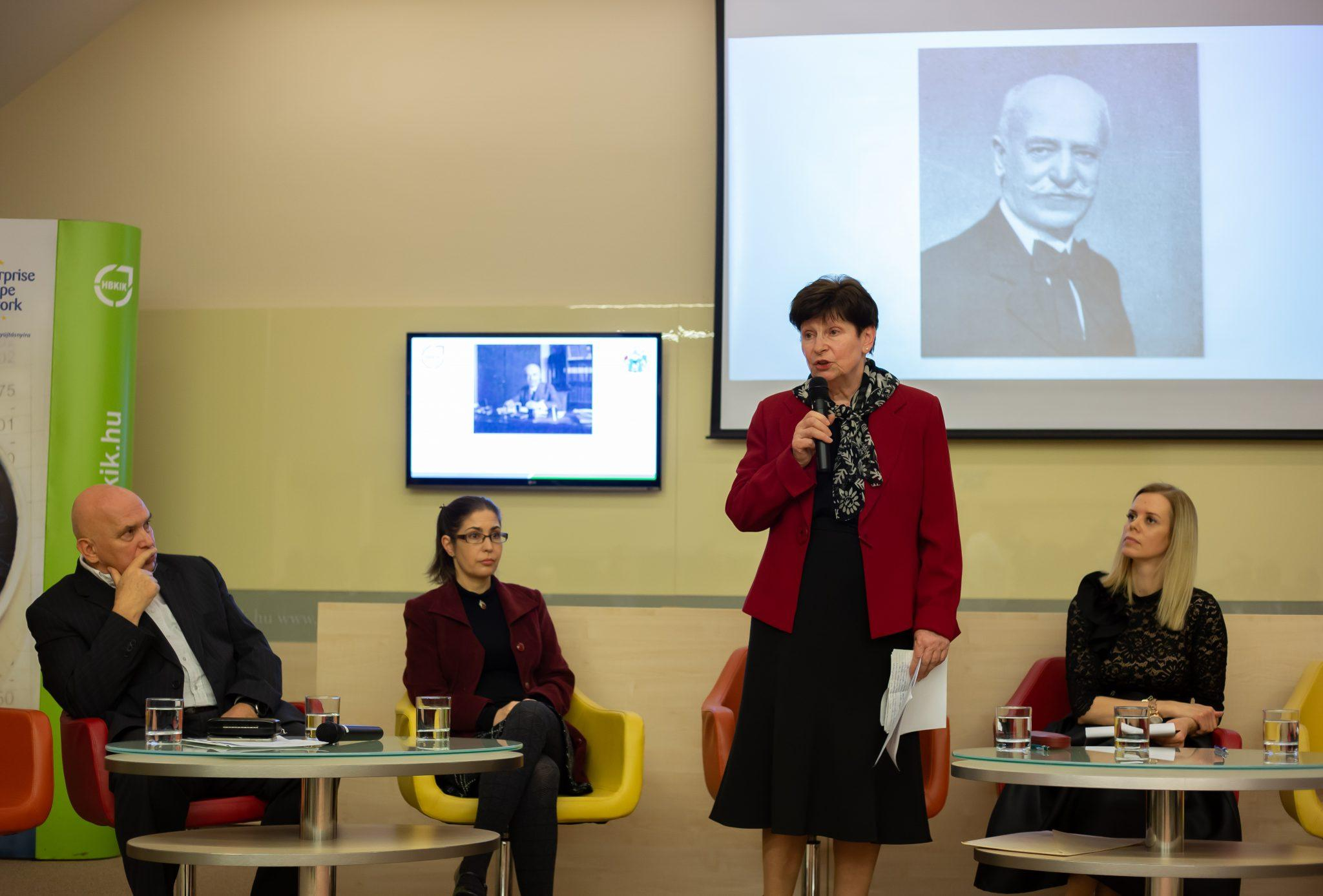 Debrecen nagy mecénására konferencián emlékeztek a Kamarában – galériával