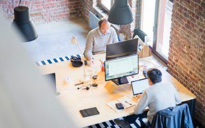 A cégek saját hatáskörben dönthetnek a munkahelyi munkavégzés újbóli bevezetéséről